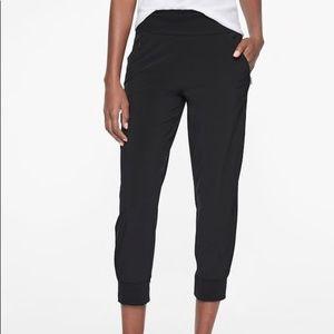 Athleta Soho Cropped Jogger Black Pants sz 16